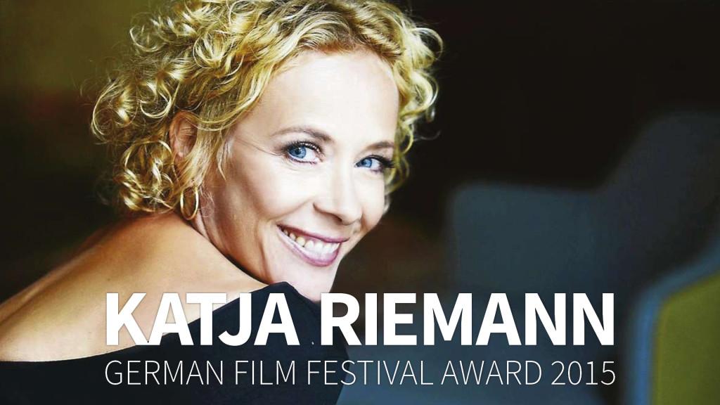 Katja Rieman Foto mit PGFF Award 2015